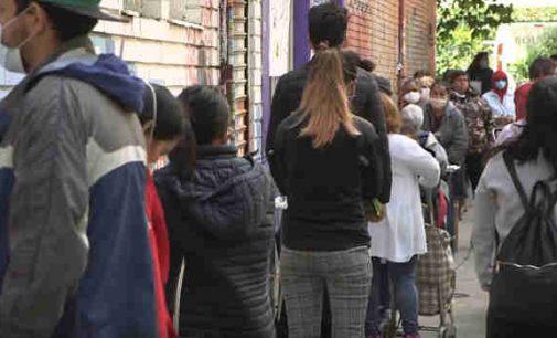 Alkanos eilės Madride: tūkstančiai ispanų negali prasimaitinti
