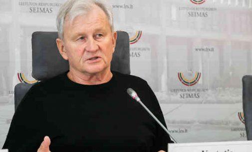 """K.Glaveckas: """"Lietuvos banko vadovybės atlyginimai krizės akivaizdoje galėtų bent neviršyti Prezidento algos"""""""
