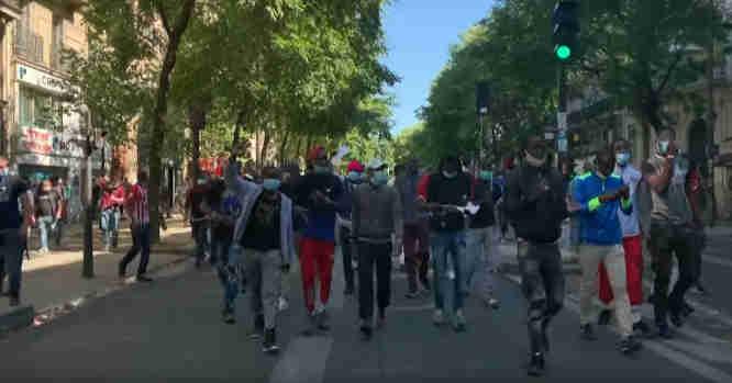 Nelegalų maršas