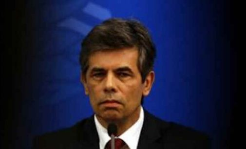 Brazilijoje, nesutardamas su prezidentu dėl pandemijos vertinimo, atsistatydino sveikatos ministras