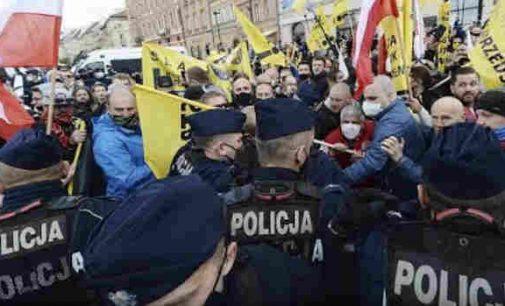 """Protestai Lenkijoje: """"Darbo ir duonos"""""""