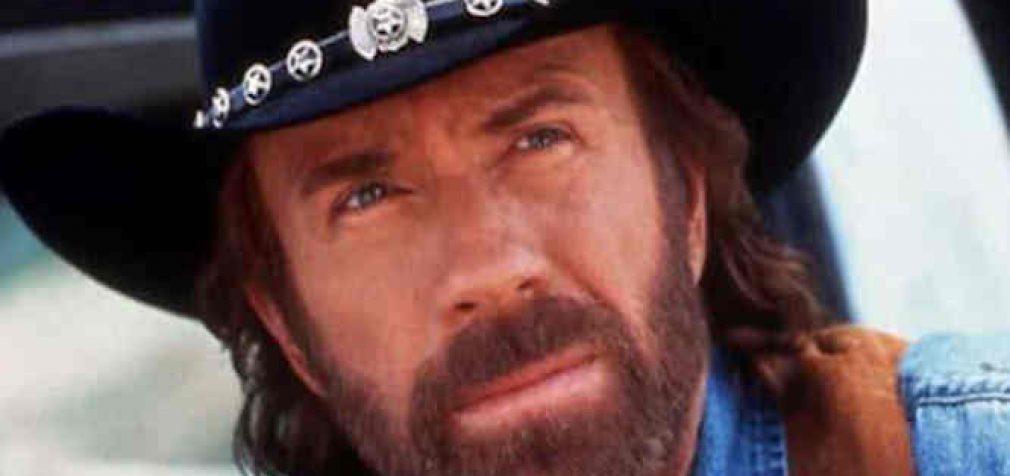 Ar Covid-19 nužudė Chucką Norisą?