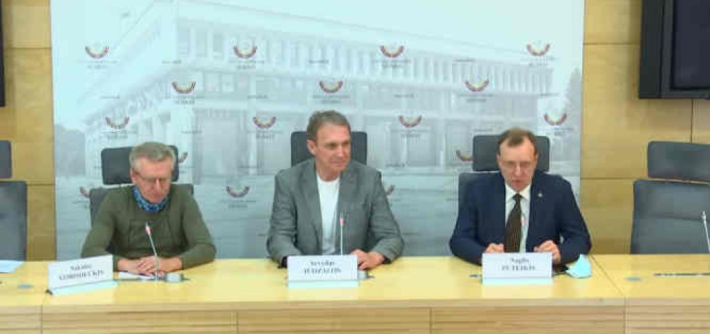 A. Juozaitis, N.Puteikis ir tautininkų pirmininkas S. Gorodeckis paskelbė apjungiantys pajėgas rinkimams į Seimą