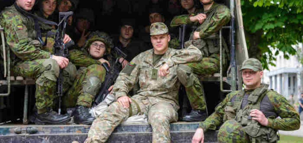 Mokomojo būrio karių tikslas – studijos Karo akademijoje