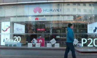 Britanija uždraus Huawei technologijas