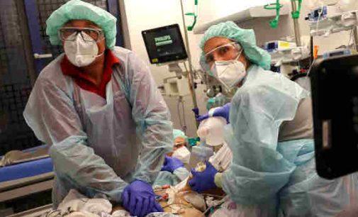 Per praėjusią parą JAV diagnozuota 55 274 koronavirusinės infekcijos Covid-19 atvejų