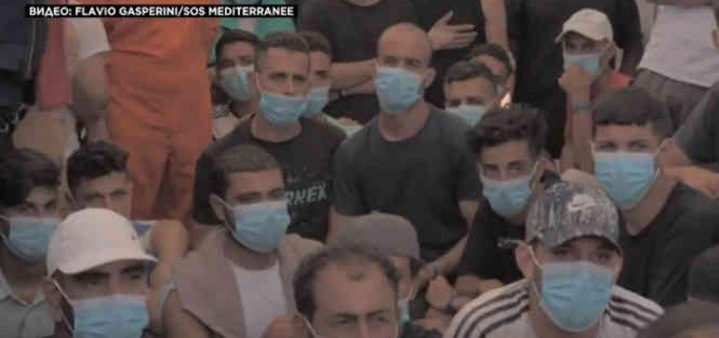 Iš Viduržemio jūros iškelti migrantai vėl gabenami į Europą