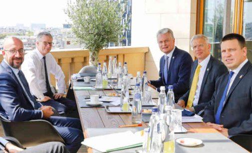 Lietuva vienintelė iš ES šalių siunčia į ES viršūnių susitikimą prezidentą vietoje premjero