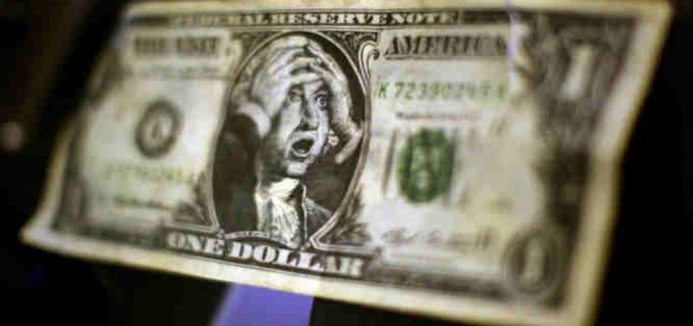 Amerikiečių valiutos dalis Rusijos ir Kinijos prekyboje smuko žemiau 50%
