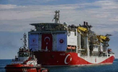 """Smūgis """"Gazprom"""" korporacijai: Turkija atrado didžiulį dujų telkinį Juodojoje jūroje"""