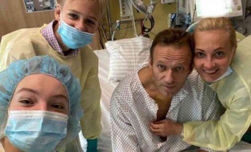 """OPCW patvirtino, kad Aleksejus Navalnas buvo apnuodytas nervus paralyžiuojančia medžiaga """"Novičok"""""""