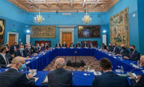 Vilniuje, Valdovų rūmuose, įvyko Lietuvos ir Lenkijos vyriausybių posėdis, nubrėžtos bendradarbiavimo gairės.