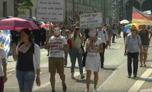 Protesto akcijos prieš antikoronavirusines ribojimo priemones