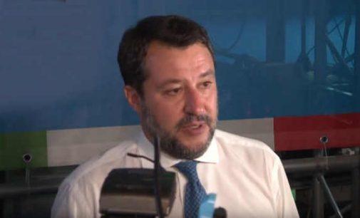 Buvęs Italijos VRM vadovas Matteo Salvini, bus teisiamas dėl to, kad neleido išsilaipinti nelegaliems migrantams