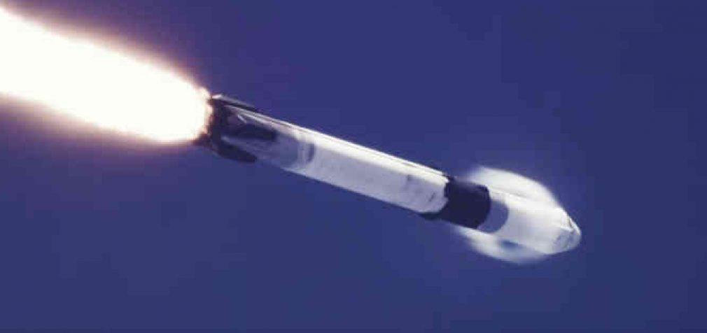 """""""SpaceX"""" į orbitą paleido 16-ąją """"Starlink"""" palydovų serijų"""