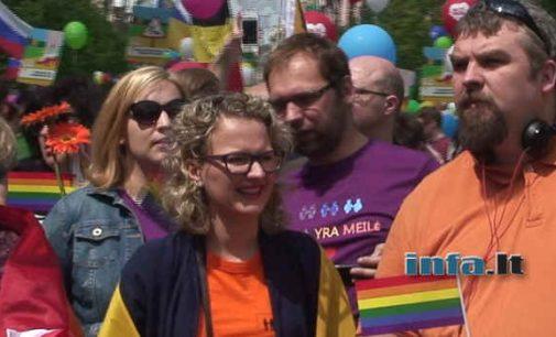 Socialdemokratai teigia apie skleidžiamą neapykantą LGBT asmenų atžvilgiu – ar tikrai taip?