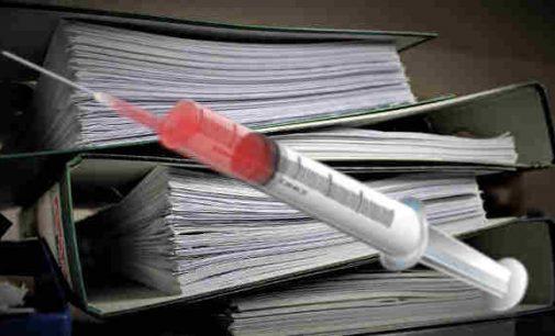 SAM kylant problemų su vakcinacijos procesu – sudaromi rezerviniai skiepijamų asmenų sąrašai