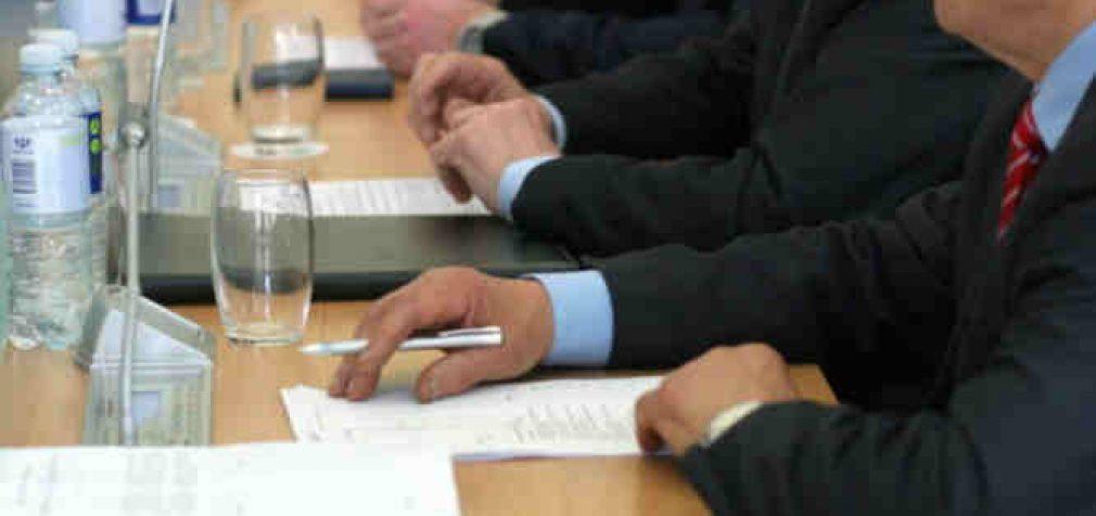 Už nieką neatsakingų ir nuo nieko nepriklausomų ekspertų taryba: testavimas ir kontaktų atsekimas – saugaus karantino atvėrimo dalys