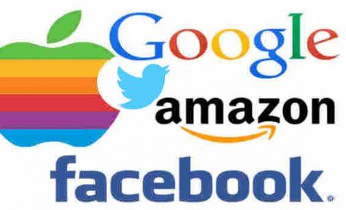"""JAV žiniasklaida sako įstatymų leidėjams: """"Didžiosios technologijų kompanijos valdo JAV"""""""