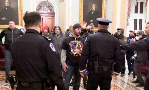 Nakties įvykiai Vašingtone: yra žuvusių, prasidėjo areštai