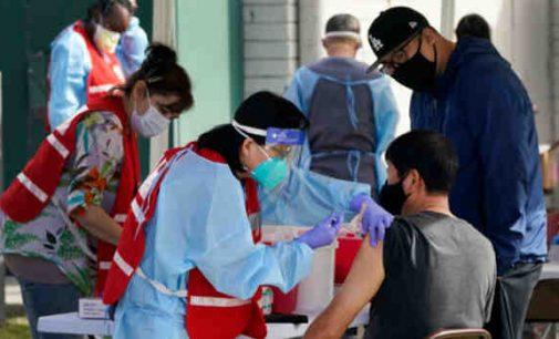 JAV po Covid-19 vakcinacijos mirė 55 žmonės: ataskaitų sistema