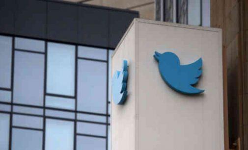 Žinomi JAV konservatoriai atsisako Twitter, priežastimi nurodydami cenzūrą