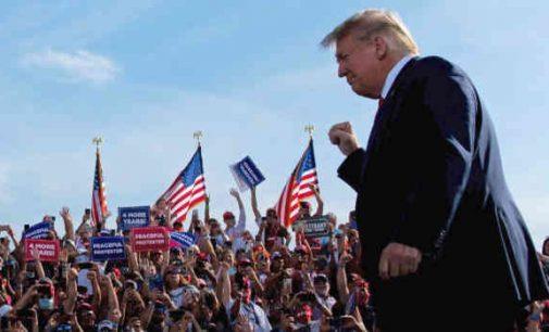 Apklausa: 70 proc Respublikonų pagalvotų apie prisijungimą prie D. Trampo vadovaujamos partijos