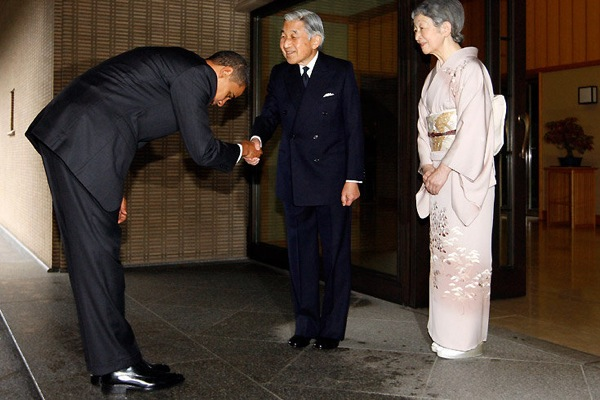 B.Obama ir Japonijos imperatorius