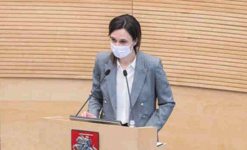Seimo pirmininkė pažadėjo revoliucinių pertvarkų nedaryti, o pradžioje orientuotis į pandemijos suvaldymą