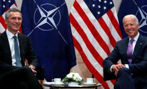 JAV senatoriai siekia sutrukdyti prezidentams vienašališkai pasitraukti iš NATO