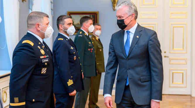 Gitanas Nausėda ir NATO