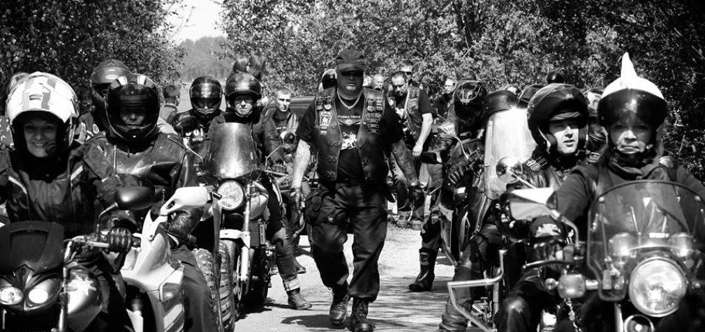 """Prie protesto """"Didysis Šeimos Gynimo Maršas 2021″ jungiasi penktas motociklininkų klubas – Šiaulių baikeriai"""
