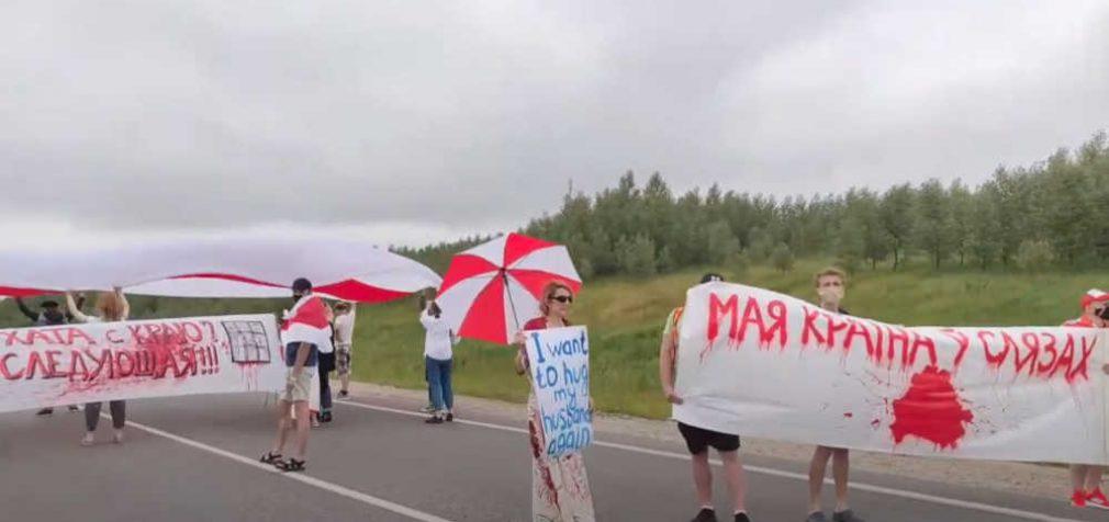 Lietuvos vyriausybės leidimu baltarusių piketuotojai stabdo Lietuvos krovininius automobilius, taip kovodami su Lukašenka