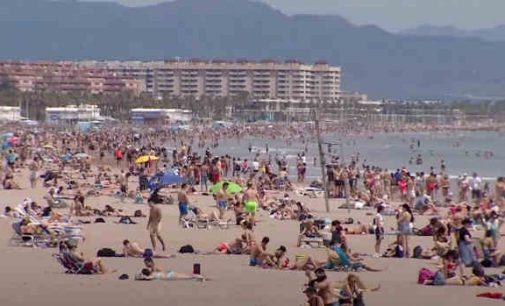 Ispanija įsileis tik skiepytus ir testuotus turistus