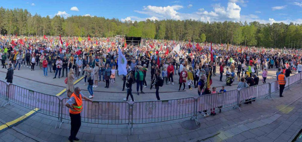 VRK įregistravo referendumo iniciatyvą dėl 300000 rinkėjų parašų skaičiaus referendumui paskelbti sumažinimo iki 100000