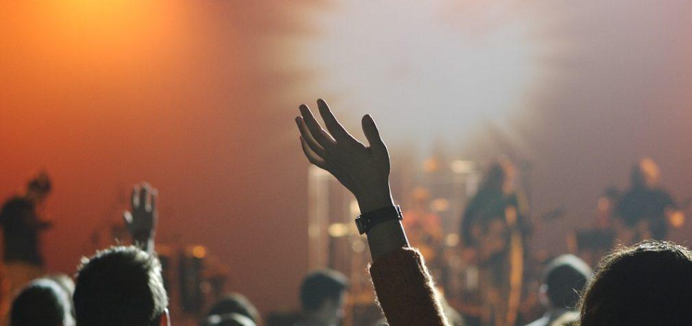 Renginio atmosfera – kodėl jums reikia organizatoriaus ir kokie veiksmai gali išgelbėti nuo netikėtumų?