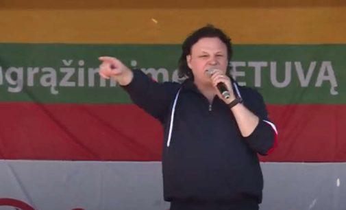"Romo Dambrausko kalba ir daina ""Kelkis Lietuva"" rugsėjo 10 d. LŠS surengtame mitinge (video)"