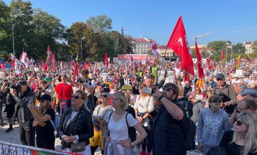 LŠS rugsėjo 10 d. mitingas parodė – Lietuva bunda – Seimas ir vyriausybė – barikaduojasi nuo Tautos