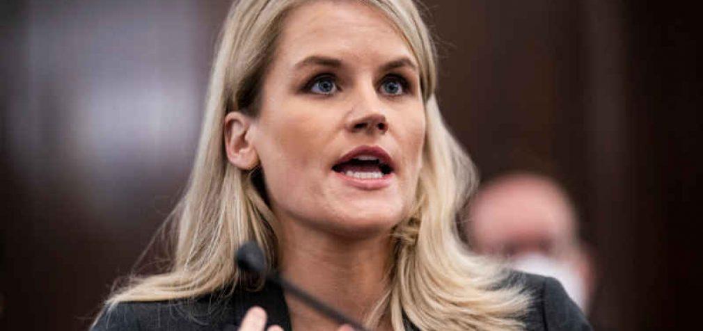 """Išklausęs informatorės parodymus JAV Kongresas reikalauja imtis veiksmų prieš """"Facebook"""""""