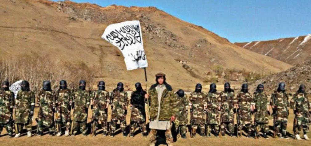 Talibanas pasirengęs įsiveržti į Tadžikistaną, Rusija kviečia teroristus deryboms